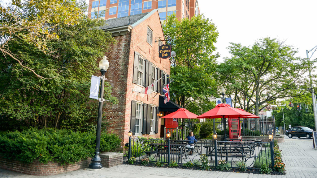 Tales From The Tavern: Live From The Olde English Pub