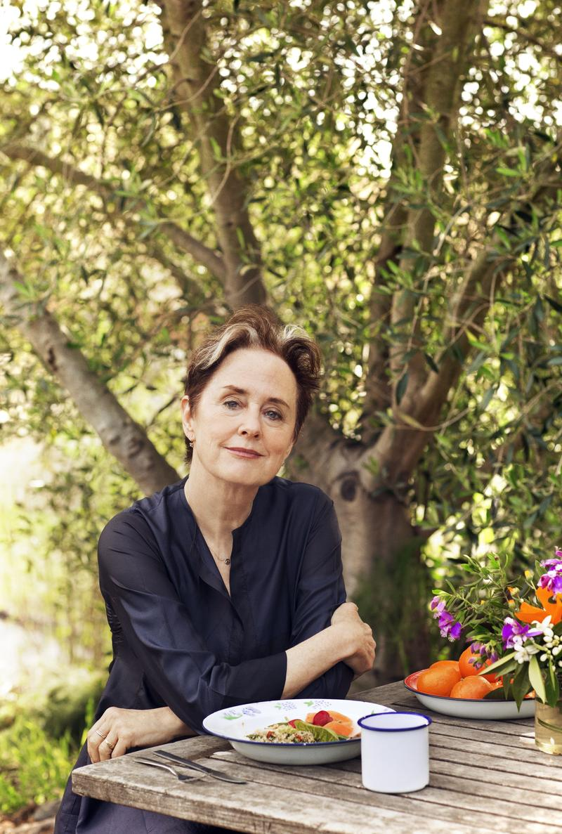 #1583: Sustainable Food Advocate Alice Waters